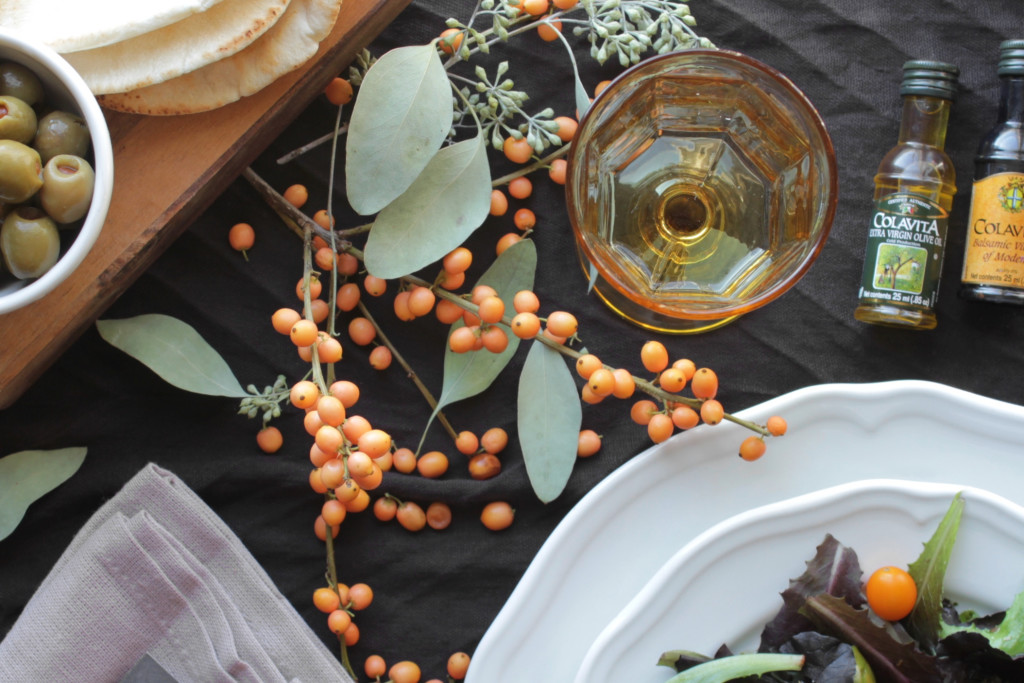 How To Create A Cozy Winter Tablescape