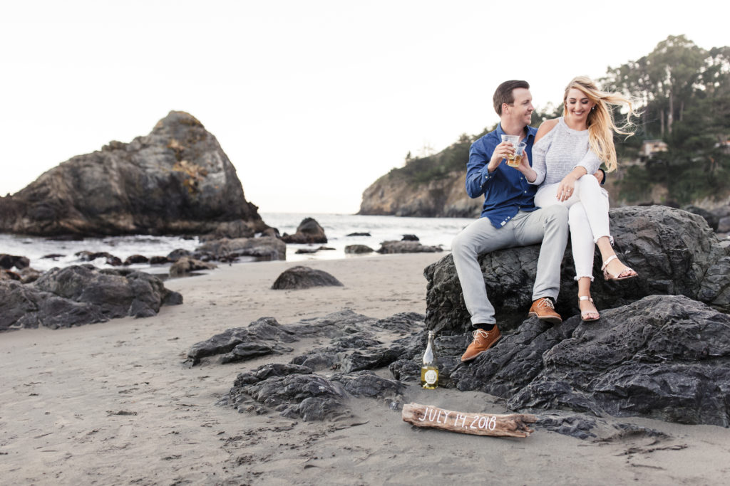 4 Tips Every Engaged Couple Should Read Before They Take Engagement Photos To Get The Most Flattering Pictures Possible